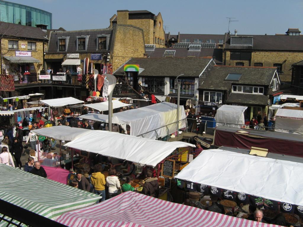 200704-38_-_Camden_Lock_Market